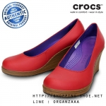 W8 (25.5 cm.) : Crocs Women's A-Leigh Closed Toe Wedge - Dark Red / Walnut ของแท้ Outlet ไทยและอเมริกา