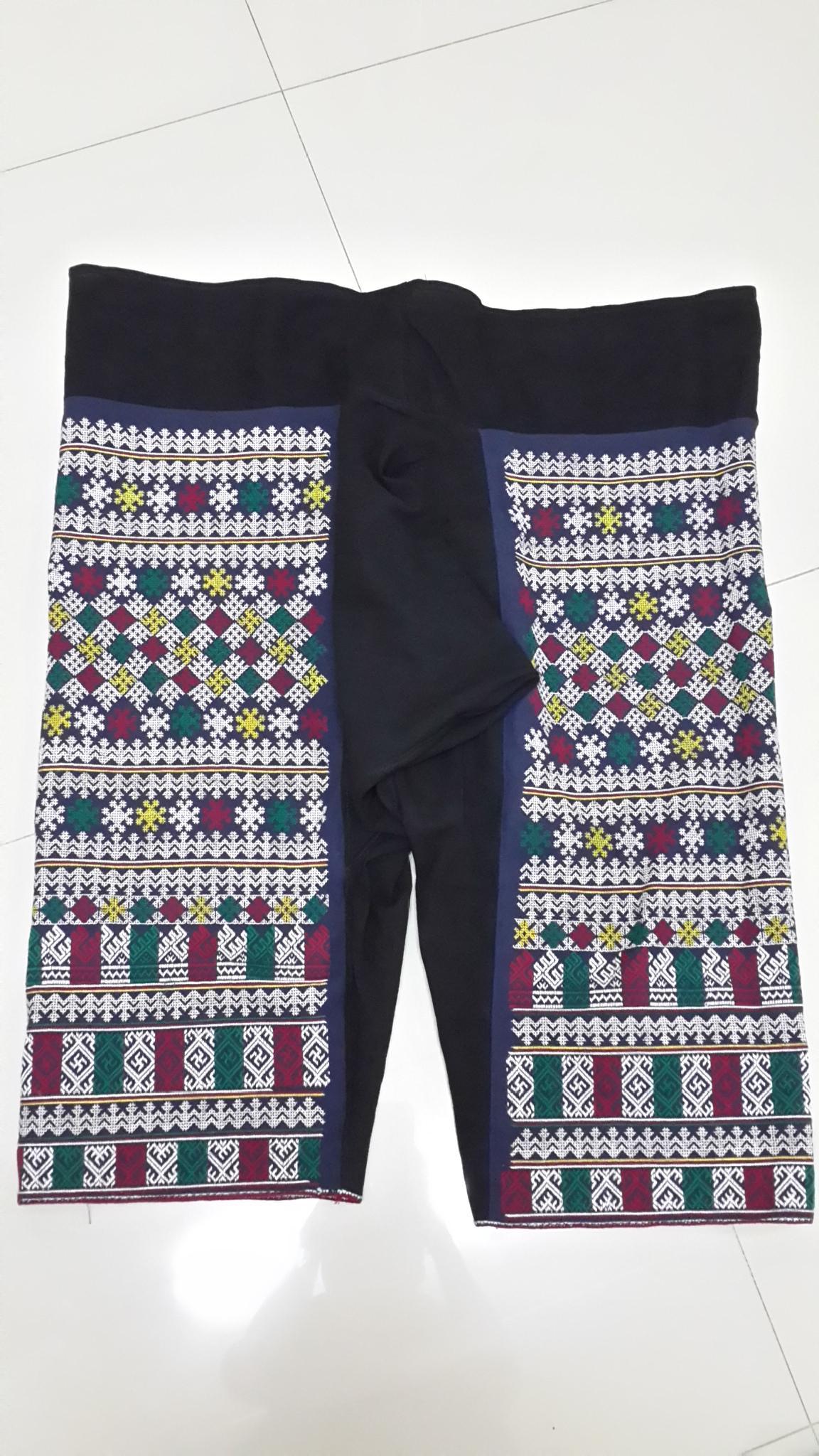 กางเกงผ้าปักมือโทนขาว ลายโบราณทั้งผืน
