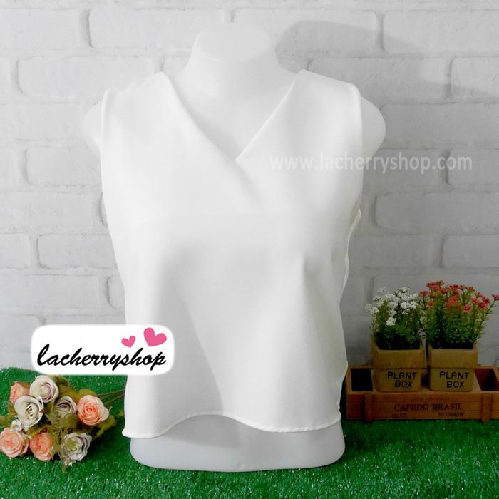 เสื้อผ้าแฟชั่นสวยๆ คอวี แขนกุด สีขาว ดีไซน์แต่งผ้าไขว้เปิดหลังเก๋ๆ ผ้าฮานาโกะ แบบสวยเรียบหรูดูดีมากค่า