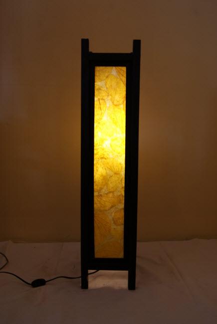 โคมไฟไม้แบบตั้งพื้น Wooden floor Lamp