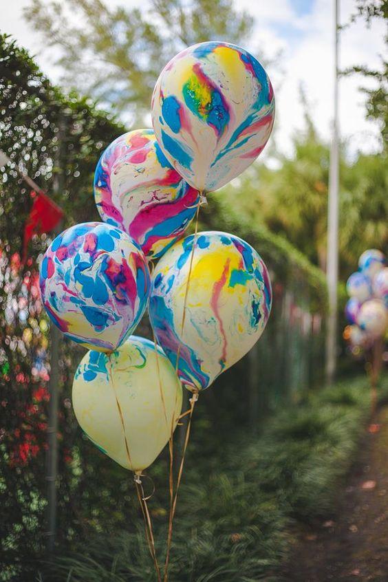 """ลูกโป่งกลมพิมพ์ลาย สีรุ้ง ไซส์ 12 นิ้ว แพ็คละ 5 ใบ (Round Balloons 12"""" - Rainbow Printing latex balloons)"""