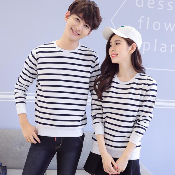 เสื้อแขนยาวคู่รัก เสื้อผ้าแฟชั่น ชาย +หญิง เสื้อแขนยาว รายริ้วเล็ก แต่งดำสลับสีขาว +พร้อมส่ง+