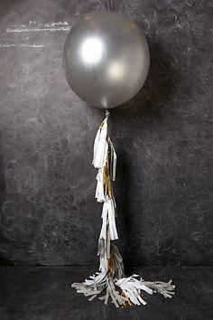 """ลูกโป่งกลมจัมโบ้ไซส์ใหญ่ 30""""Latex Balloon RB Silver สีเงิน / Item No. TQ-38402 แบรนด์ Qualatex"""