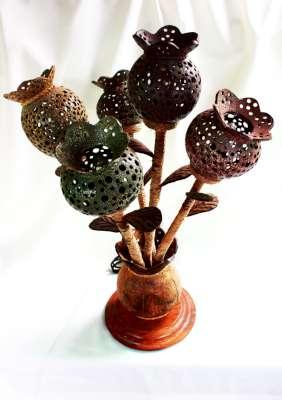 Coconut Shell Lamp Opium Flowers (โคมไฟกะลามะพร้าวแจกันดอกไม้ฝิ่น)