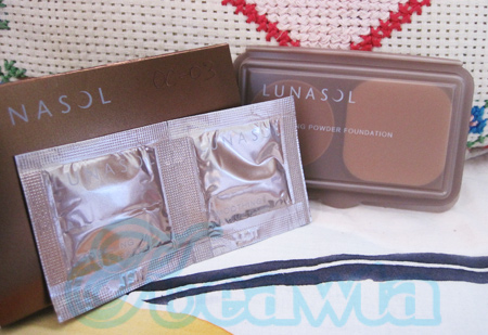 Lunasol skinfusing powder foundation + smoothing makeup base # oc-03 (ขนาดทดลอง)