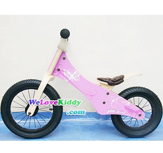 รถจักรยานเด็กเล่นทรงตัว 2 ล้อ รุ่น Speedster-butterfly สีชมพู : แบบไม้ รหัส CV002