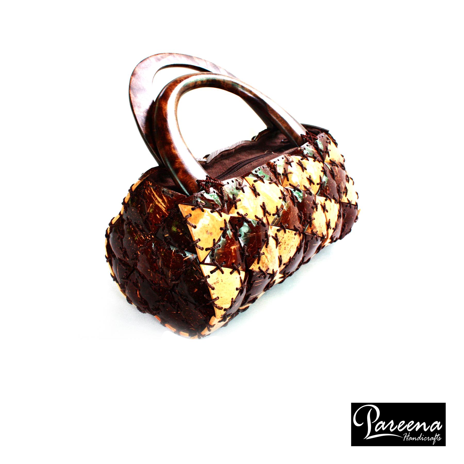 Coconut Shell Handbag (กระเป๋ากะลามะพร้าว)