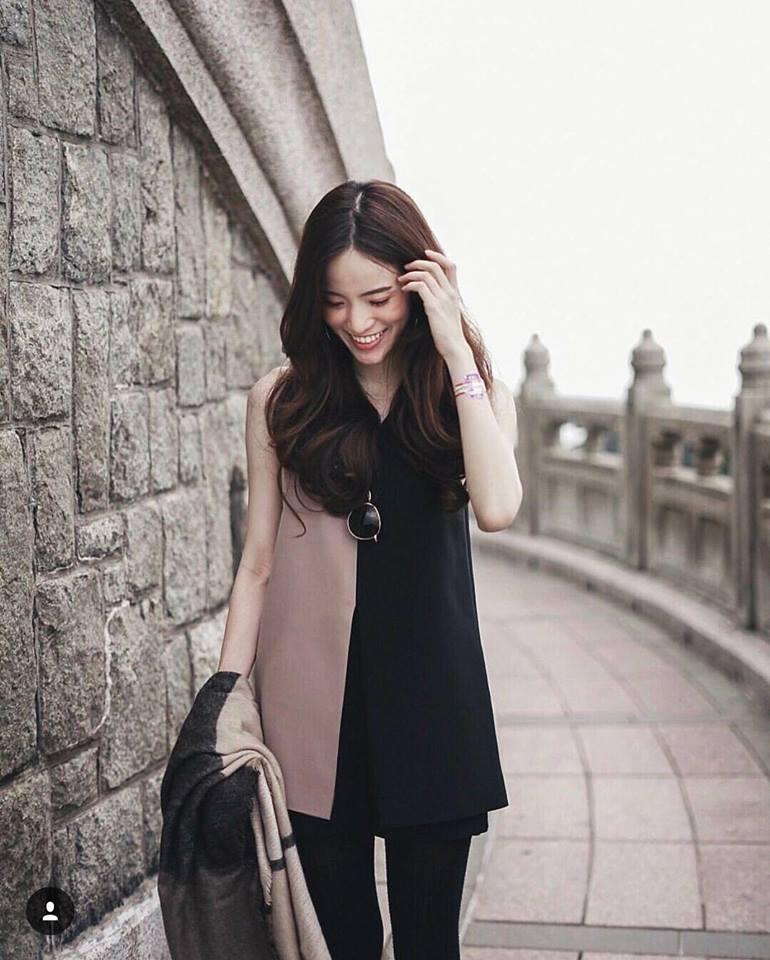 เสื้อผ้าฮานาโกะ แบบสวยคลาสสิค เสื้อทำงาน ตัวยาว คอวี แขนกุด สีทูโทน แบบสวยหรูๆ