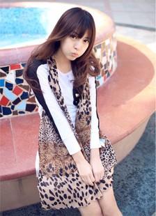 ผ้าพันคอแฟชั่นสไตส์เกาหลี ลายเสือใหญ่ผสมลายเสือเล็ก ผ้าชีฟอง ผ้านุ่ม ดีไซต์เก๋ไก๋ ใส่แล้วดูดีมีสไตส์