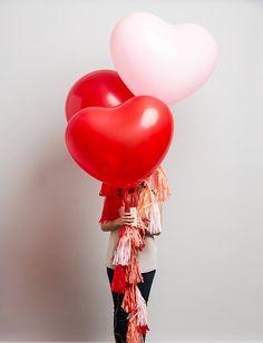 """ลูกโป่งหัวใจจัมโบ้ไซส์ใหญ่ 36"""" Latex Balloon HB Balloon RED 3FT สีแดง/ Item No. TQ-44353 แบรนด์ Qualatex"""
