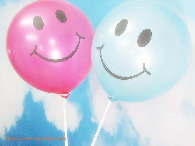 """ลูกโป่งกลมพิมพ์ลายหน้ายิ้ม ไซส์ 12 นิ้ว แพ็คละ 10 ใบ สีฟ้าอ่อน (Round Balloons 12"""" - Printing Smiley latex balloons Light Blue color)"""