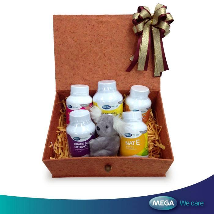 Mega Women set แนะนำสำหรับการดูแลสุขภาพของสาวๆ ให้สุขภาพดีตลอดปี 2015