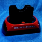 HDD Docking ใช้ได้ทั้ง IDE และ SATA มี 2 ช่อง