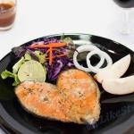 สเต็กปลาแซลมอน