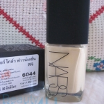 Nars sheer glow foundation #fiji (light5) (ลดพิเศษ 30%)