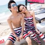 PRE ชุดว่ายน้ำคู่รัก ชุดว่ายน้ำบิกินี่เซ็ต 4 ชิ้น ลายทางสีสวย พร้อมเสื้อ และกางเกงคลุม