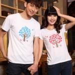 เสื้อยืดคู่รัก แฟชั่นคู่รัก ชาย + หญิง เสื้อยืดแขนสั้น เสื้อสีขาว สกรีนลายต้นไม้บอกรัก Love +พร้อมส่ง+