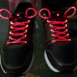 เชือกผูกรองเท้าไฟสีแดง Shoelace - LED Red color
