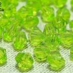 คริสตัลพลาสติก สีเขียวอ่อน 6มิล (1ขีด/100กรัม)