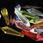 คริสตัลพลาสติก คละสี 8X28มิล (1ขีด/100กรัม)