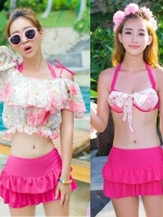 พร้อมส่ง ชุดว่ายน้ำ เซ็ต 3 ชิ้น สีชมพูบานเย็น เสื้อคลุมผ้าซีทรูลายดอกไม้ บรา+กางเกงกระโปรง+เสื้อคลุม