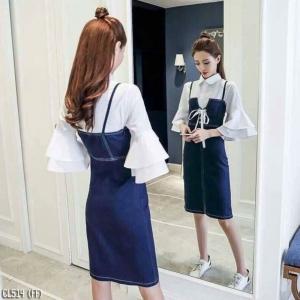 เสื้อผ้าแฟชั่นเกาหลีพร้อมส่ง - ชุดเซ็ตได้ 2 ชิ้น เอี้ยมยีนส์ทรงกระสอบ +เสื้อคอปกแต่งแขนระบาย