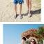 เสื้อคู่รัก ชุดคู่รักเที่ยวทะเลชาย +หญิง เสื้อยืดสีขาวลายคู่รักนอนตากแดด กางเกงขาสั้นลายแฉกโทนสีฟ้า +พร้อมส่ง+ thumbnail 6