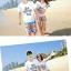 เสื้อคู่รัก ชุดคู่รักเที่ยวทะเลชาย +หญิง เสื้อยืดสีขาวลายแว่นตา กางเกงขาสั้นลายไทยโทนสีส้ม +พร้อมส่ง+ thumbnail 3