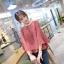 เสื้อแฟชั่นเกาหลี แต่งแขนแบบระบายใหญ่ ตัวเสื้อทรงปล่อย สีแดงอิฐ เนื้อผ้าสปันทิ้งตัว thumbnail 1