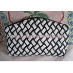 กระเป๋าหนังลายสาน black & white