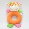 ของเล่นเสริมพัฒนาการ Rattle ตุ๊กตามือจับ หน้าวัว สีส้ม เขย่าแล้วมีเสียงกุ๊งกิ๊ง ใช้เป็น ของเล่นเด็ก ของเล่นเสริมทักษะ (ส่งฟรี)
