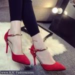 รองเท้าส้นสูงกำมะหยี่สีแดง