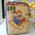 กระเป๋าใส่ Mini Ipad ลาย Bess & Billy ผ้าญี่ปุ่นแท้ ควิลล์มือค่ะ ปกป้องไอแพดที่รักของคุณ น่ารักไม่ซ้ำใคร