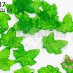 จี้ใบไม้ พลาสติก สีเขียว 20X21มิล(1ขีด/279ชิ้น)