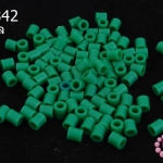 เม็ดบีทรีดร้อน สีเขียวเข้ม 5 มิล (1ขีด/1,820ชิ้น)