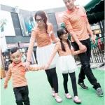 เดรสคู่รักเกาหลี แฟชั่นคู่รัก ชายเสื้อ+ หญิงเดรส+เด็กชายเสื้อ+เดรสเด็กหญิง แต่งลายส้มเทา +พร้อมส่ง+