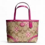 กระเป๋า COACH SIGNATURE CLOVER TOP HANDLE TOTE KHAKI PINK F48314