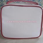กระเป๋าใส่ของ Clarins ขาวแดง