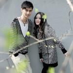 ชุดคู่รัก เสื้อคู่รักเกาหลี เสื้อแขนยาวคู่รัก ชาย เสื้อยืดแขนยาว ลายดำขาว  หญิง เดรสแขนยาว ลายดำขาว  +พร้อมส่ง+
