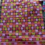 ผ้าปักอิวเมี่ยน ลายปักโบราณ สีโทนน้ำตาลส้มสดใส