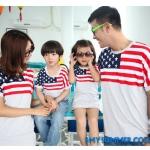 ชุดพ่อแม่ลูก เซตครอบครัว ชายเสื้อยืด + หญิงเดรส + เด็กหญิงเดรส สีขาว แต่งลายธงชาติอเมริกา +พร้อมส่ง+