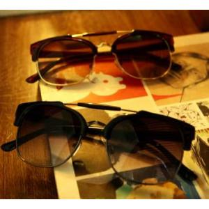 พิเศษ!! ฟรีซอง ผ้าเช็ด กรอบแว่นตากันแดดแฟชั่น เรโทร วินเทจ แบบบาร์กึ่งโลหะ (ชา ปรอท ดำ กระ ดำด้าน)