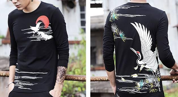 3สี เสื้อยืดเข้ารูป3มิติ ลายปลา ญี่ปุ่น แขนยาว คอกลม สกรีน นกกระเรียน No.34 36 38 40 42 44 สีดำ ขาว น้ำเงิน