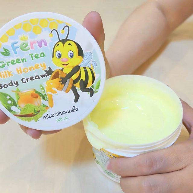ครีมชาเขียวนมผึ้ง Fern Green Tea Milk Honey Body Cream 500กรัม ราคาปลีก 200 บาท / ราคาส่ง 160 บาท